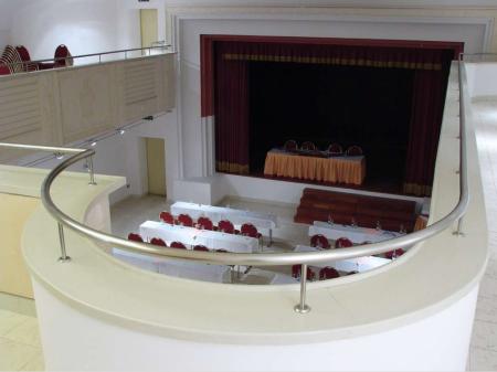 """Studio Máj"""" - pohled z balkonu, současný stav"""